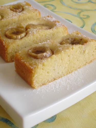 Banana almond cake