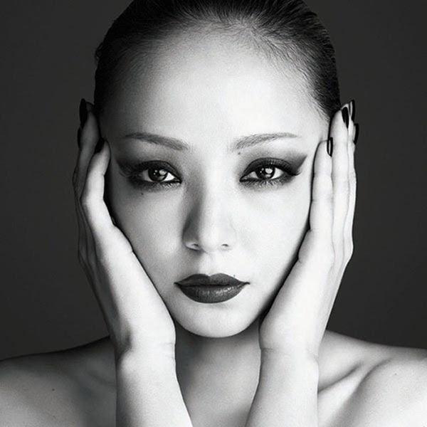 Namie_Amuro_-_FELL_(CD Bluray)
