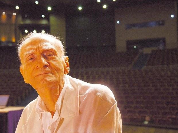 Morre no Recife, aos 87 anos, o escritor Ariano Suassuna
