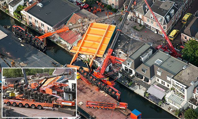 Holland crane collapse filmed as bridge and buildings are destroyed