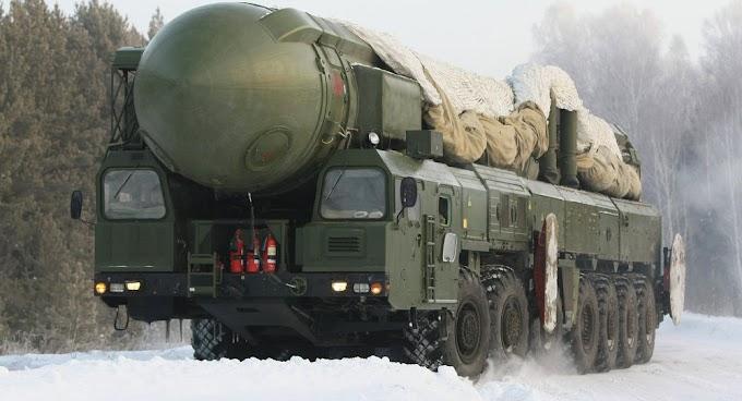 Desarmamento nuclear de Rússia, EUA e China pode causar guerra real, diz parlamentar russo