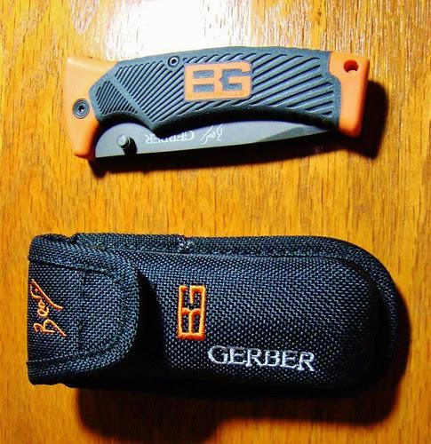 "Gerber 31-000752 Bear Grylls Folding Sheath Knife 3.6"" Combo Blade, Rubber Grip Handles"
