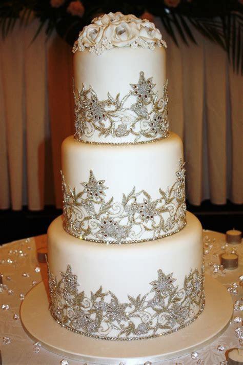 The Cake Zone: Wedding Cake Jewelry   New Trend