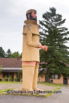 Pierre, the Pantsless Voyageur, Two Harbors, Minnesota