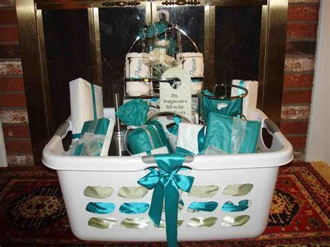 Best Wedding Gifts For Bride   Wedding and Bridal Inspiration