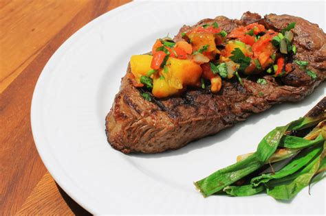 healthy recipe grilled tip sirloin steak  mango salsa