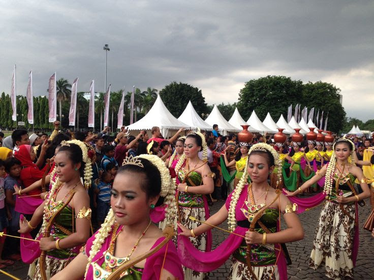 Indonesia And Culture  the people and culture of indonesia one hour translation, indonesia an