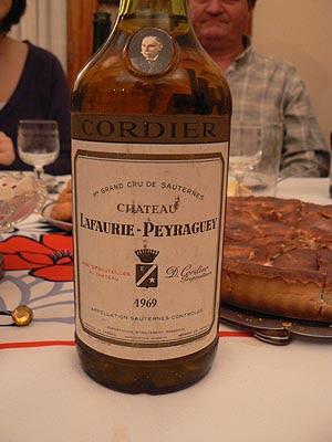 goûter sucré et bon, bon vin.jpg