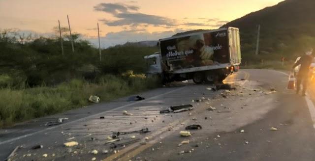 Policial rodoviário federal morre em acidente entre viatura e caminhão na BR-427 no RN