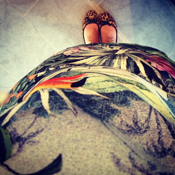 #todayimwearing H&M conscious collection shift and @clarksshoes flats.