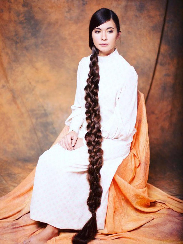 Queria ser a Rapunzel da vida real e não cortou seu cabelo em 20 anos 05