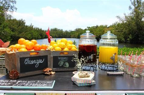 Sangria/juice bar. Vintage wedding in Greynolds Park