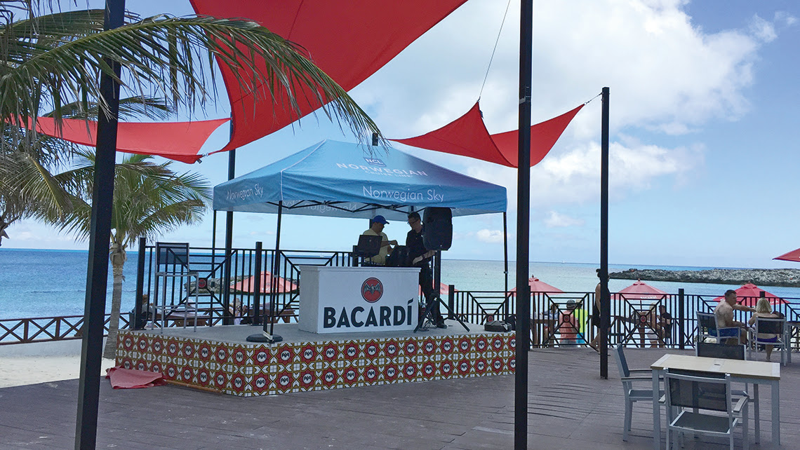 A bar at Norwegian's Great Stirrup Cay. Photo Credit: TW photo by Tom Stieghorst