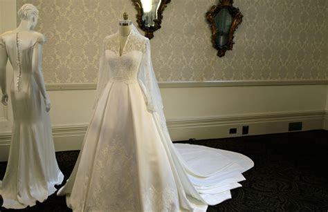 Kate's wedding dress on display in Buckingham Palace