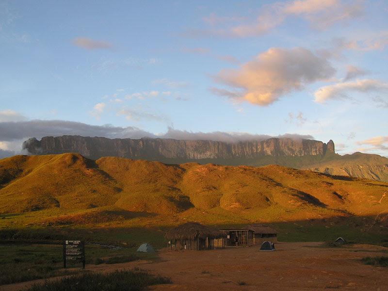 Archivo:Mt Roraima in Venezuela 001.JPG