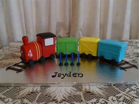 Train Cakes ? Decoration Ideas   Little Birthday Cakes