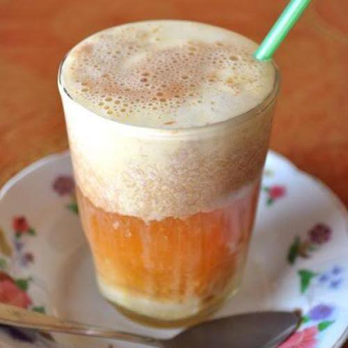 Talua, minuman teh, manfaat minum teh, cara membuat teh telur, minangkabau, khas minangkabau, sejarah minangkabau
