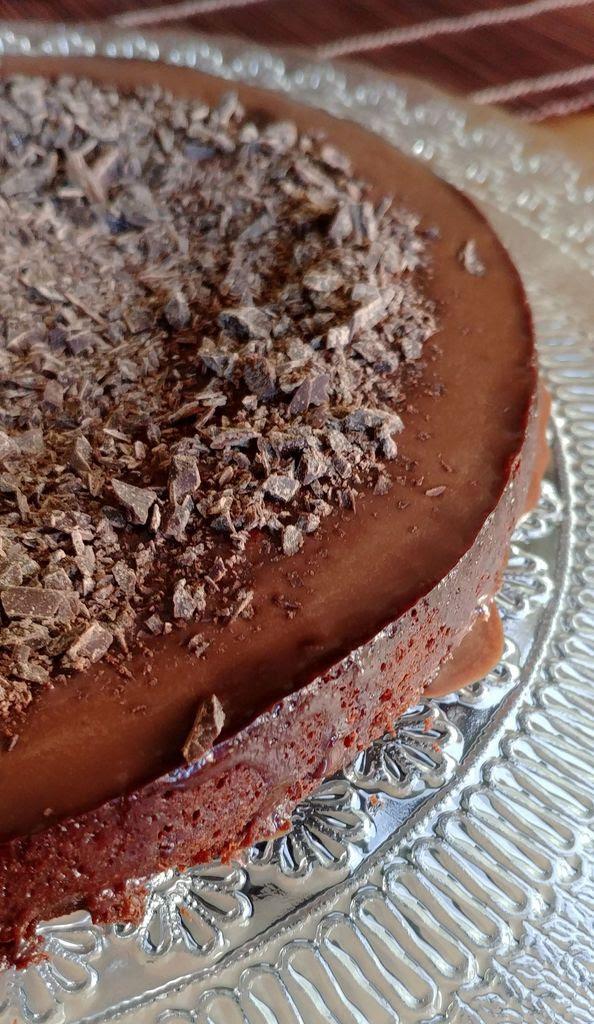 Gâteau fondant au chocolat sans beurre | HappyCurio