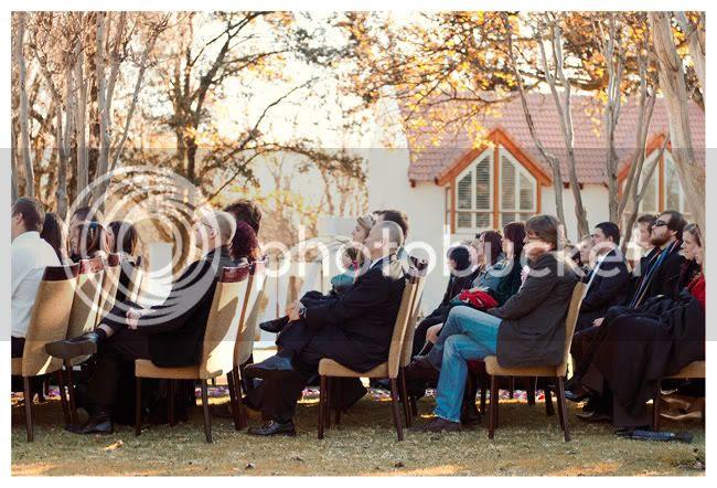 http://i892.photobucket.com/albums/ac125/lovemademedoit/love%20makes%20me%20do%20it/Pierre%20and%20Tarien/vintage-wedding012.jpg?t=1286220255