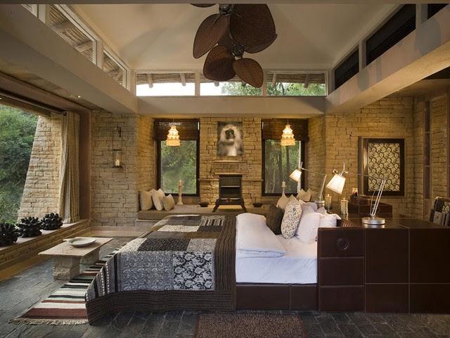 Luxury Taj Safari