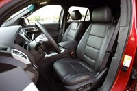 2012 Ford Explorer EcoBoost front seats