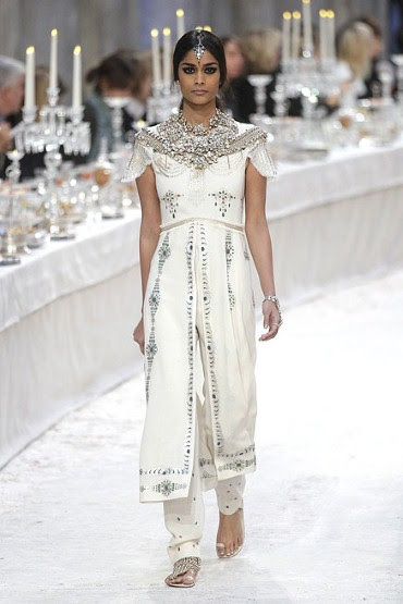 Chanel Pre-Fall 2012 in pictures