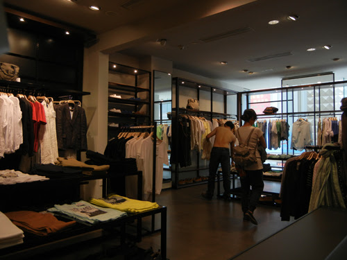 DSCN0095 _ Zara, Shenyang, May 2012