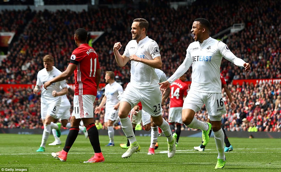 The draw means Swansea keep tabs on Hull, who sit a spot above them, who also drew away to Southampton on Saturday