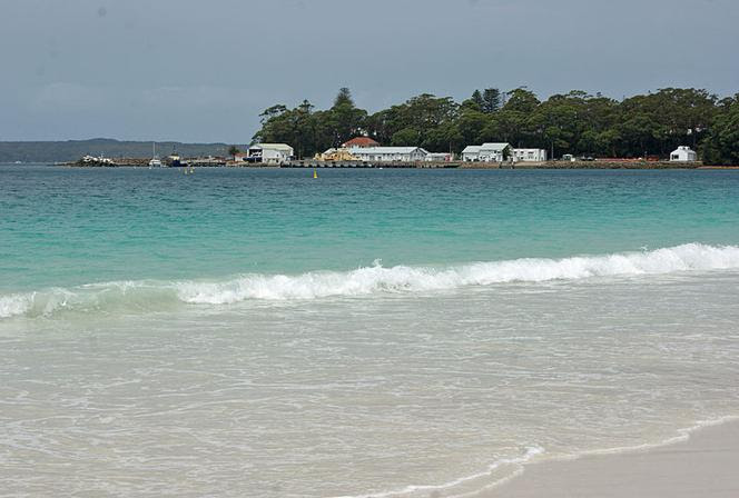 File:Jervis Bay Village 002.jpg