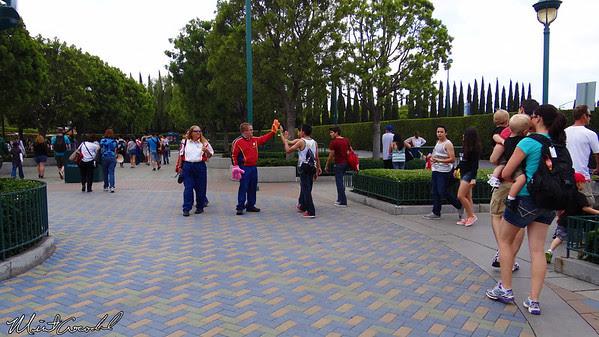 Disneyland Resort, Disneyland, Mickey and Friends Parking Structure