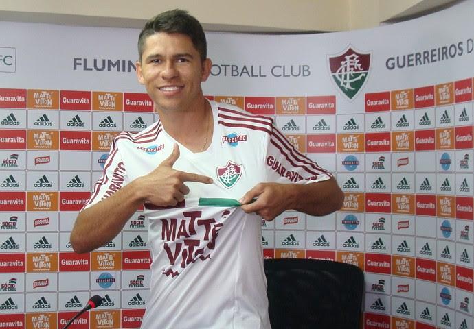 Osvaldo Fluminense apresentação Laranjeiras (Foto: Sofia Miranda)
