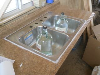 Kitchen Sink Counter Clamps