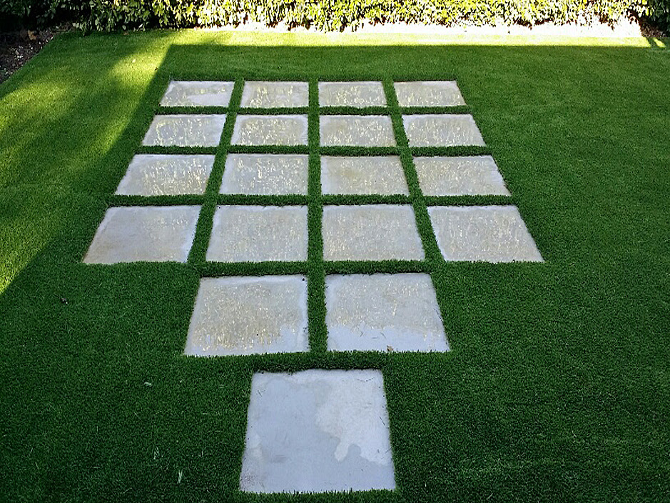 Synthetic Grass Yucca Valley California Landscaping Backyard