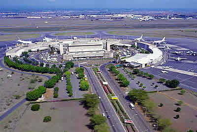Meski hanya daerah persinggahan penumpang pesawat 10 Bandara Paling Menyebalkan di Dunia