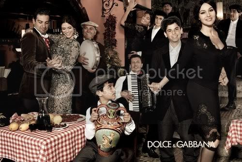 Dolce & Gabbana Fall 2012 Ad Campaign is All About Family