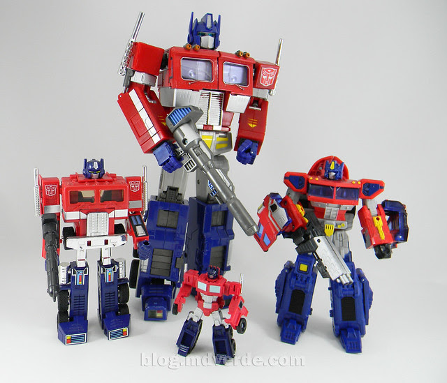 Transformers Optimus Prime Reveal the Shield Legends - modo robot vs otros Optimus