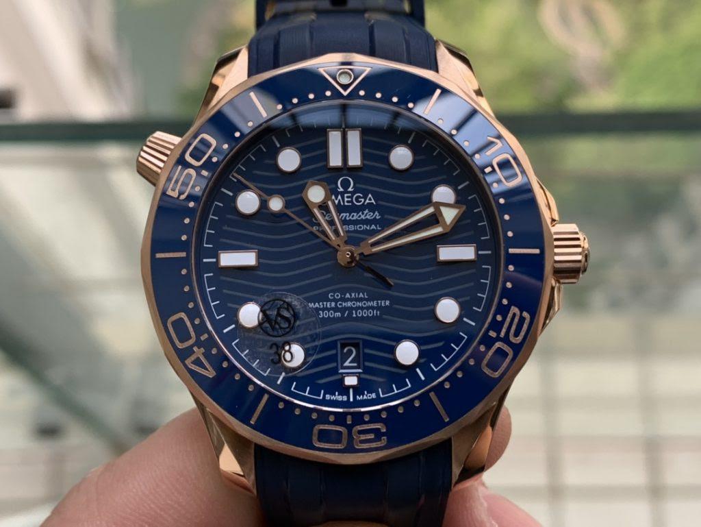 Omega Seamaster Diver 300m Blue Wave Dial