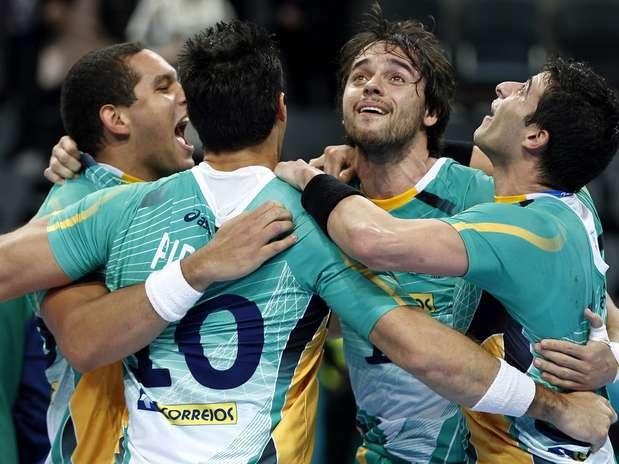 Agora o Brasil vai enfrentar a Rússia, segunda colocada no grupo B Foto: EFE