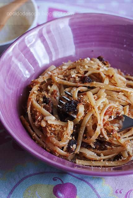 Tallarines con anchoas y salsa de tomate_2