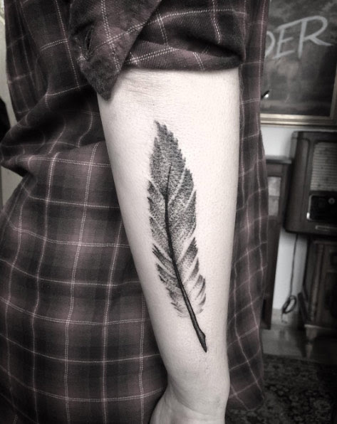 59 Sublime Feather Tattoos That Look Gorgeous Page 5 Of 6 Tattoomagz