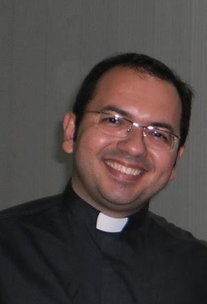 Resultado de imagem para Padre Gleiber Dantas de Melo