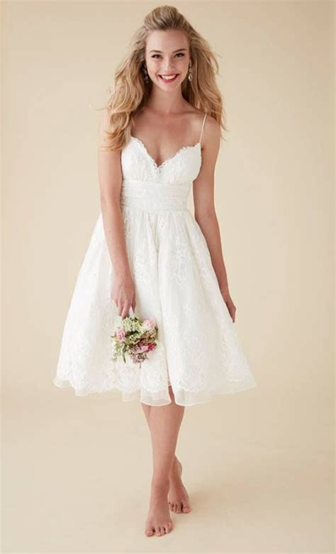 Top 24 Wedding Dress Styles for Petite Bride to be in 2019