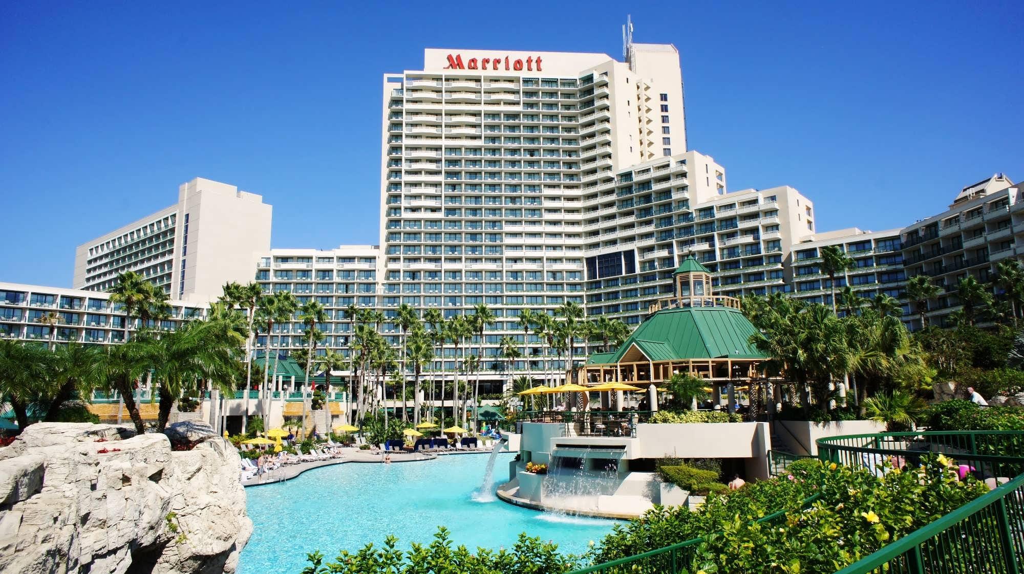 marriott world center orlando pool area 555 oi