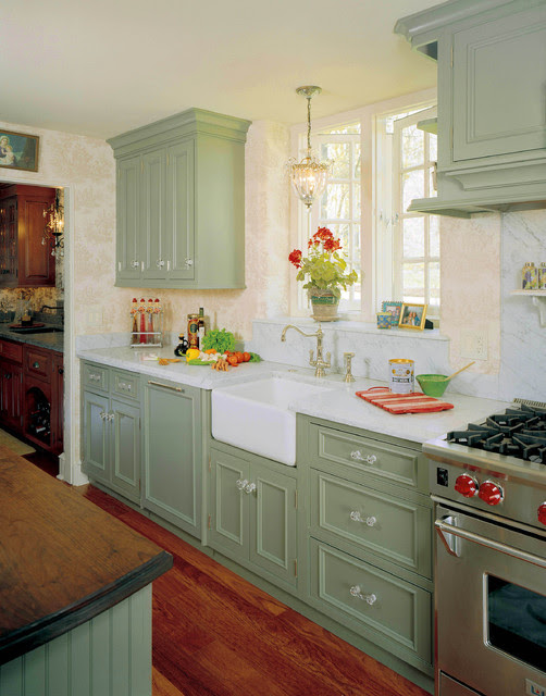 English Country Kitchen Redeisign - Traditional - Kitchen ...
