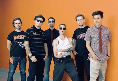 """ЭЛИЗИУМ: """"Привет, это Навальный"""": группп """"Элизиум"""" записала трек со словами Алексея Навального о жизни в СИЗО"""