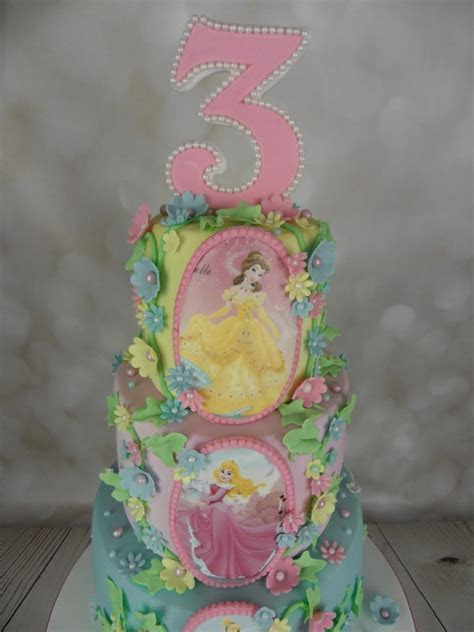 Disney Princess 3rd Birthday Cake   Mel's Amazing Cakes