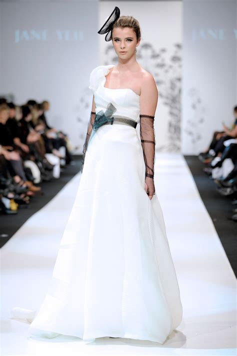 New Zealand Fashion Week ? Jane Yeh Design ? Award winning