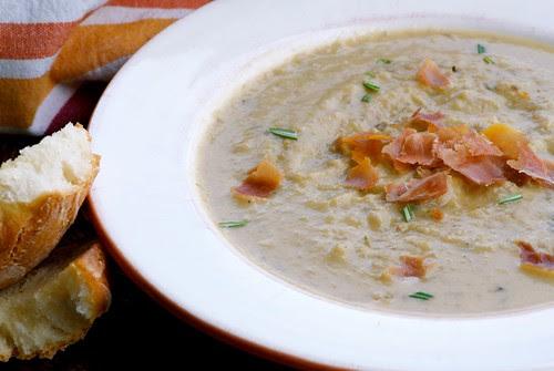 creamy artichoke soup with rosemary and prosciutto DSC_0011