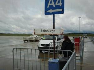Edinburgh Airport wolkenverhangen8_89354670_n