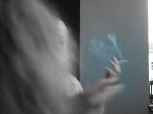 http://helenakuehnemann.tumblr.com/post/65892530757/schmoking-a-cigarette-c-by-helena-kuhnemann